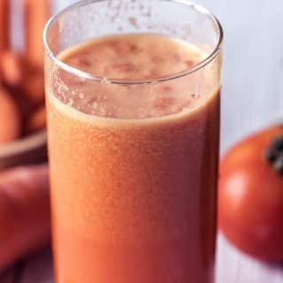 Sok pomidorowy – pij go codziennie