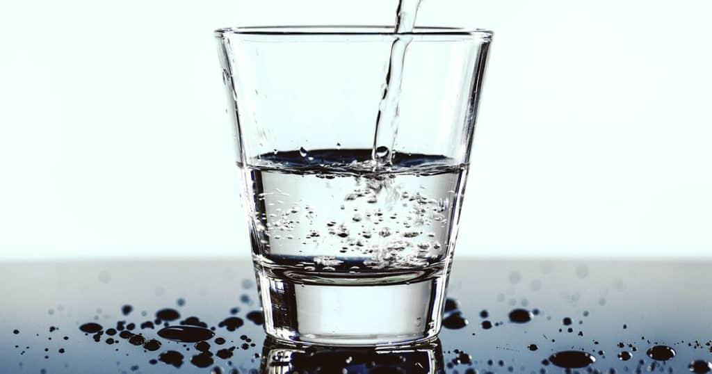 Czy Twój organizm jest wystarczająco nawodniony? Woda życia